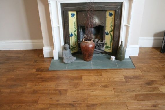 Fyfield Engineered Golden Oak Handscraped 125mm x 18/5mm Wood Flooring