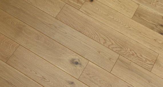 Henley Elite Engineered Natural Oak Handscraped Brushed & Oiled 127mm x 18/3mm Wood Flooring