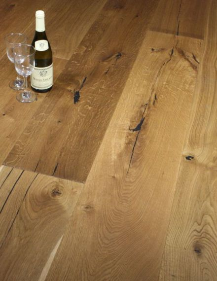 Twickenham Engineered Natural Distressed Oak Brushed & Oiled 190mm X 14/3mm Wood Flooring