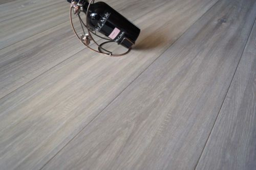 Calder Elite Engineered White Oak Brushed and Lacquered 190mm x 20/6mm Wood Flooring (Wooden Flooring)