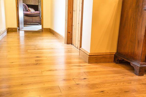 Cressington Engineered Natural Oak Lacquered Click Lok 127mm x 10/2.5mm Wood Flooring (Wooden Flooring)