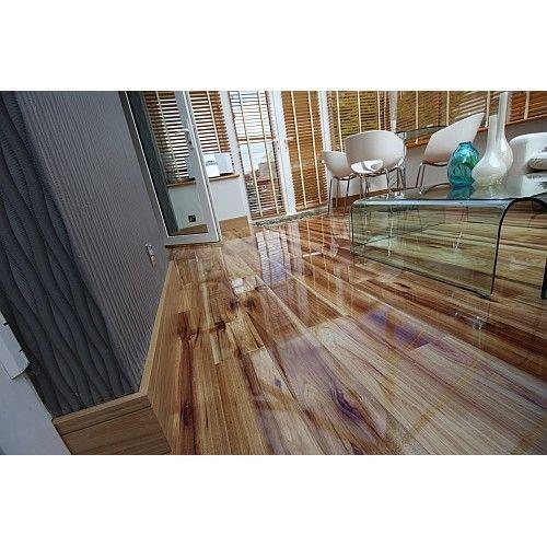 Kaindl 8mm Creative Hickory Bravo Laminate Flooring - P80070 HG (Wooden Flooring)