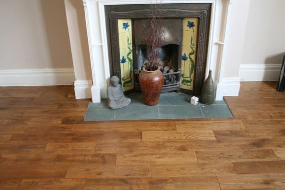 Fyfield Engineered Golden Oak Handscraped 125mm x 18/5mm Wood Flooring