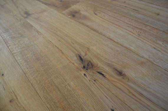Fyfield Engineered Natural Oak Brushed and Oiled Click Lok 189mm x 15/4mm Wood Flooring