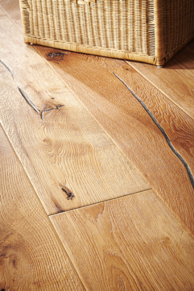 Milano Elite Engineered Natural Oak Distressed 220mm x 15/4mm Wood Flooring (Wooden Flooring)
