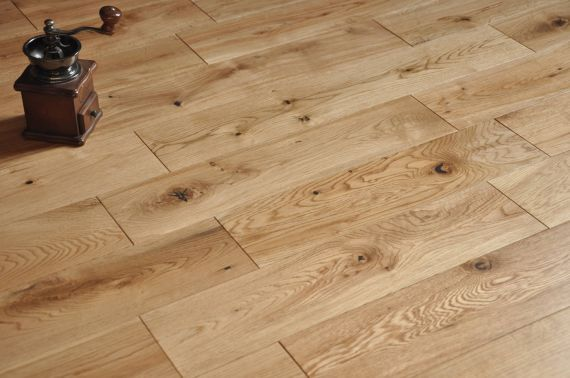Edmonton Solid Natural Oak Lacquered 83mm x 18mm Wood Flooring