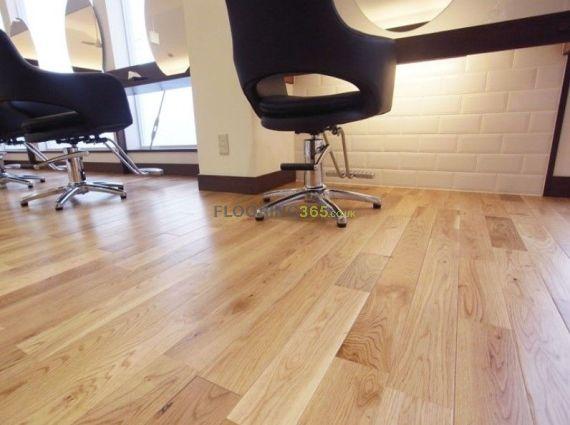 Twickenham Solid Natural Oak Lacquered 140mm x 20mm Wood Flooring (Wooden Flooring)