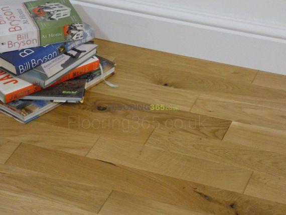 Edmonton Solid Natural Oak Brushed & Oiled 83mm x 18mm Wood Flooring
