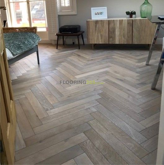 Sawbury Engineered Smoked Oak Brushed and White Oiled 90mm x 18/4mm Parquet Wood Flooring
