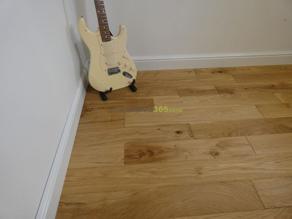 Glanwell Engineered Natural Oak Brushed and Oiled 125mm x 14/3mm Wood Flooring
