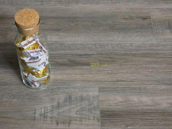 Calder Luxury Vinyl Smoked Grey 182mm x 5/0.3mm LVT Flooring