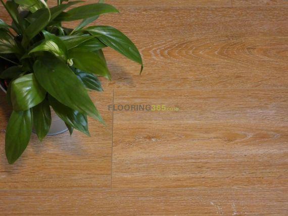 Calder Luxury Vinyl Natural Oak 182mm x 5/0.3mm LVT Flooring