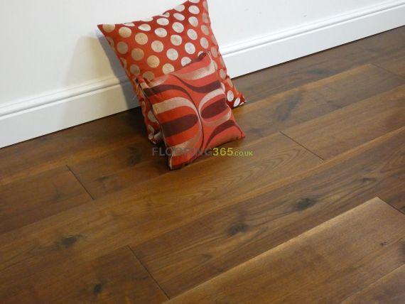 Calder Engineered American Black Walnut Oiled 190mm x 20/4mm Wood Flooring