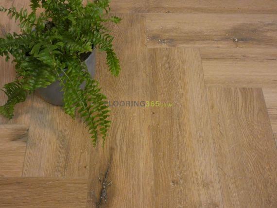 Calder Luxury Vinyl Light Oak 126mm x 5/0.3mm Herringbone LVT Flooring