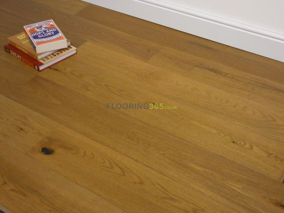 Cressington Engineered Golden Oak Brushed and Lacquered Click Lok 165mm x 10/1.2mm Wood Flooring