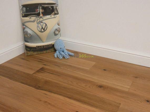Cressington Engineered Natural Oak Brushed and Oiled Click Lok 165mm x 10/1.2mm Wood Flooring