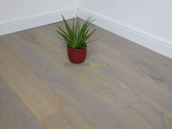 Hillingdon Engineered Platinum Grey Oak Brushed and Matt Lacquered Click Lok 189mm x 14/3mm Wood Flooring