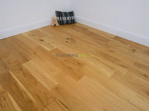 Fyfield Engineered Natural Oak Brushed and Lacquered 125mm x 18/5mm Wood Flooring