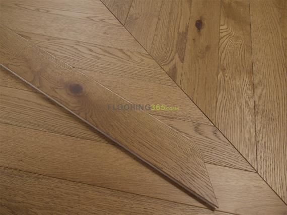 Sawbury Elite Engineered Smoked Oak Brushed & Matt Lacquered 90mm x 15/4 Chevron Wood Flooring
